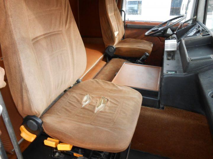 Trucks Volvo F Hookloader Ampliroll body 10 4x2 GUIMA 14 - A réparer BLANC - 14