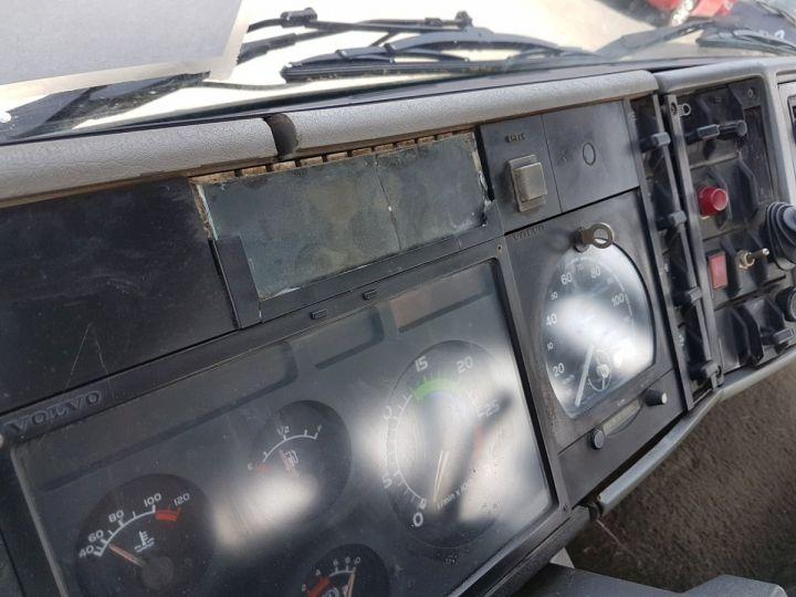 Trucks Volvo FS Hookloader Ampliroll body 719 INTERCOOLER BLANC - 19