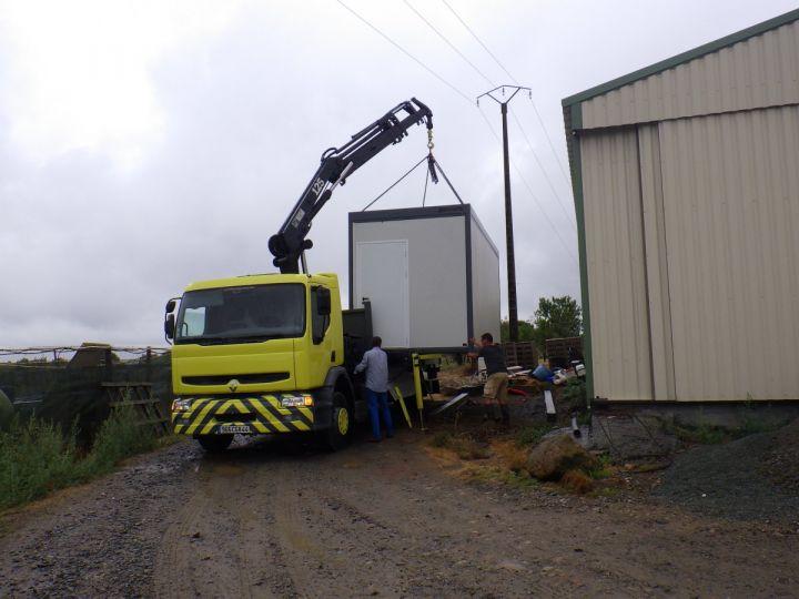 Trucks Renault Platform body + crane Jaune - 7