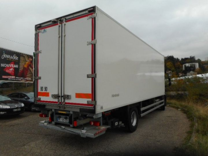 Trucks Iveco EuroCargo Refrigerated body ML190 EL 28 CAISSE FRIGORIFIQUE PORTE VIANDES  - 5