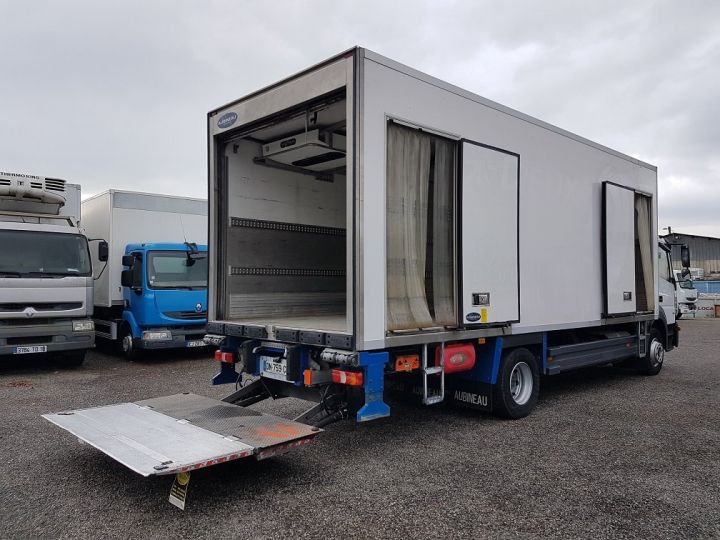 Trucks Mercedes Atego Refrigerated body 1318 NL euro 6 - BI-TEMPERATURE BLANC - 3