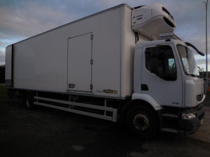 Trucks Renault Midlum Refrigerated body 300.18  - 1