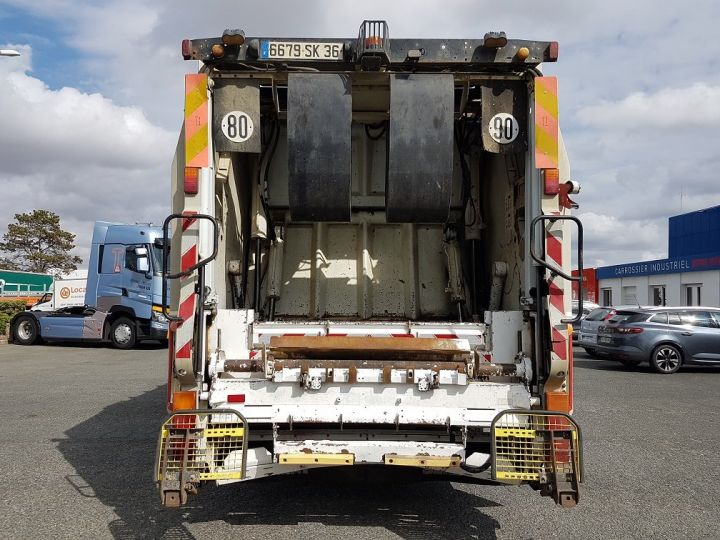 Trucks Renault Premium Refuse collector body 280dxi.19 BOM - MANUAL BLANC - 5