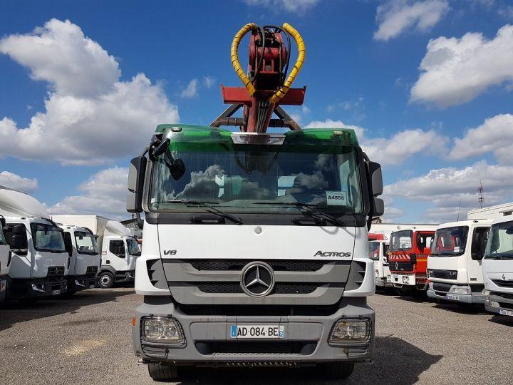 Trucks Mercedes Actros Timber truck body 3351 KN 6x4 V8 + JONSERED 2490 BLANC - VERT - 7