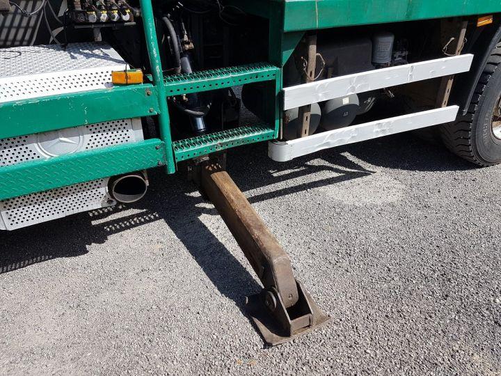 Trucks Mercedes Actros Timber truck body 3351 KN 6x4 V8 + JONSERED 2490 BLANC - VERT - 14