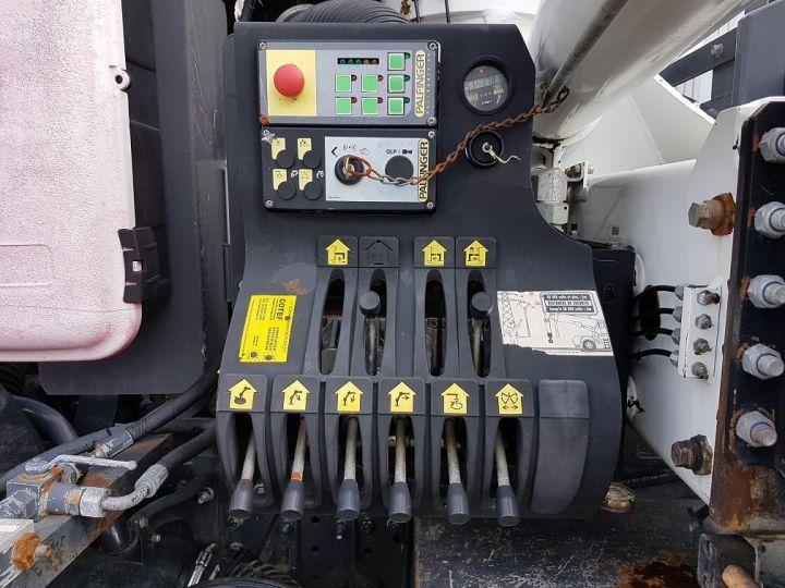 Trucks Renault Kerax Tipper body + crane 370dxi.26 6x4 BI-BENNE + PK 20002 B BLANC - 14