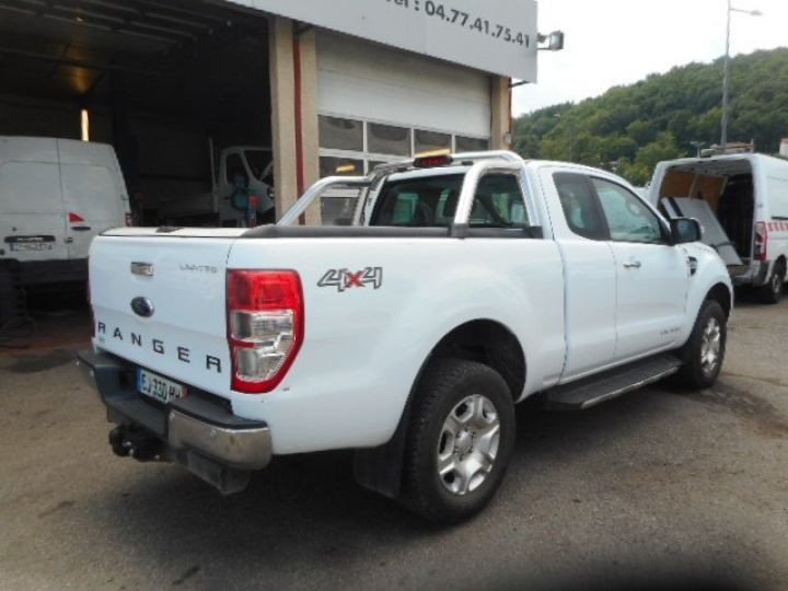Utilitaire léger Ford Ranger 4 x 4 SUPER CAB 3.2 200CV  - 4