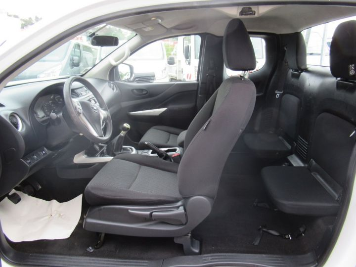 Utilitaire léger Nissan Navara 4 x 4 KING CAB 160CV  - 6