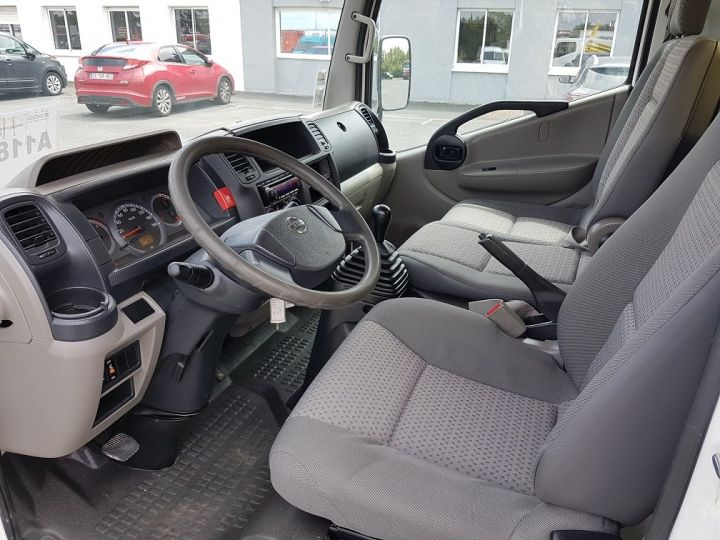 Utilitaire léger Nissan Cabstar Benne arrière 35-11 BLANC JAUNE VERT - 16