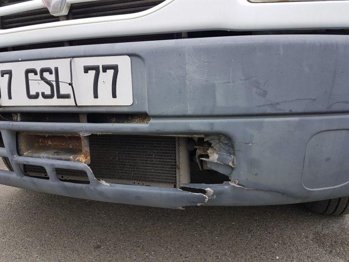 Utilitaire léger Renault Mascott Caisse Fourgon 130dci.35 + S.REM VOW 32m3 BLANC Occasion - 21