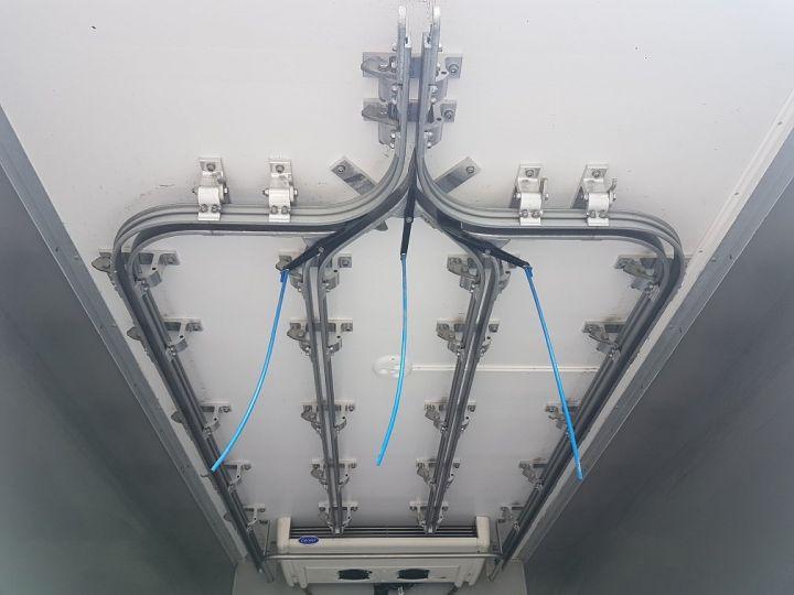 Utilitaire léger Renault Maxity Caisse frigorifique 150dxi.35 PORTE-VIANDE ROUGE et BLANC - 10