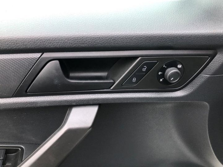 Utilitaire léger Volkswagen Caddy Caisse isotherme BLANC - 15