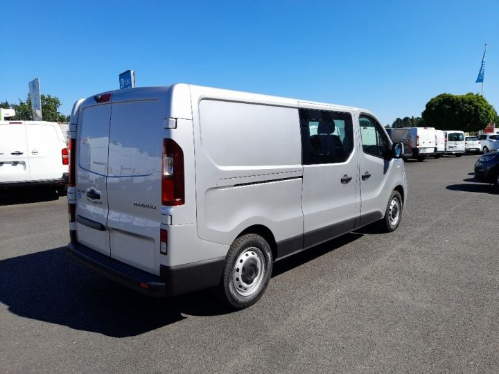 Utilitaire léger Renault Trafic Fourgon Double cabine L2H1 1200 2.0 DCI 145 CAB APPRO GRD CFT EDC6 GRIS CLAIR METAL - 3