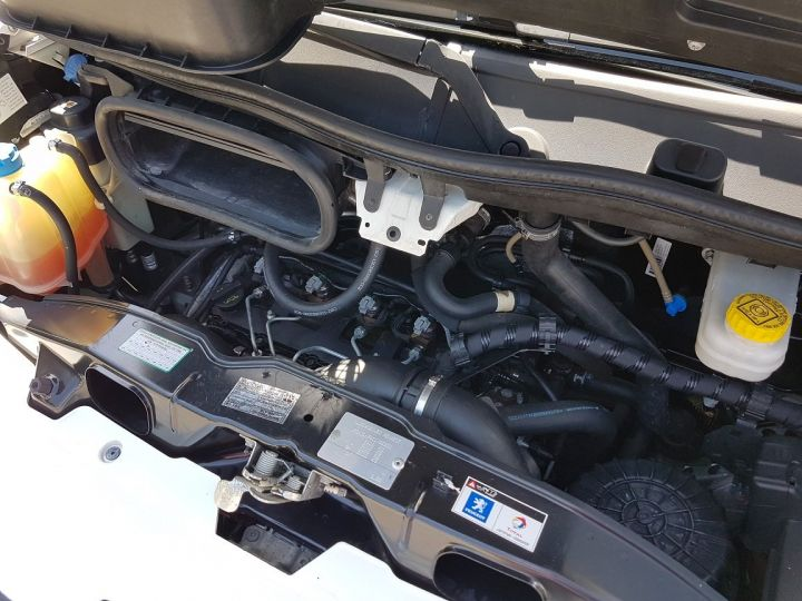 Utilitaire léger Peugeot Boxer Fourgon tolé 2.2 HDI 120 L2H2 BLANC - 19