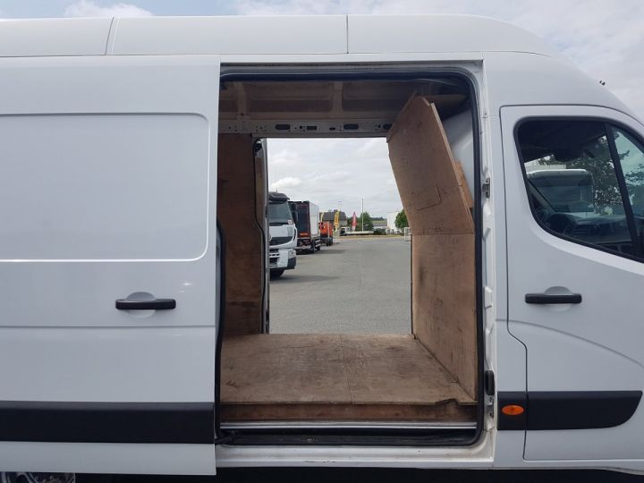 Utilitaire léger Renault Master Fourgon tolé 150dci.35 PROPULSION MJ BLANC Occasion - 8
