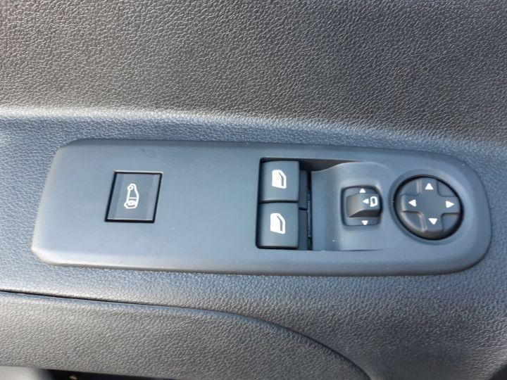 Utilitaire léger Toyota ProAce Fourgon tolé MEDIUM 1.5D 100CV DYNAMIC BLANC - 12