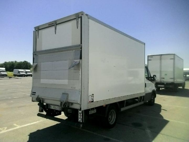 Utilitaire léger Iveco Daily 35C15 Empattement 4100 Tor - 24 500 HT Blanc - 2