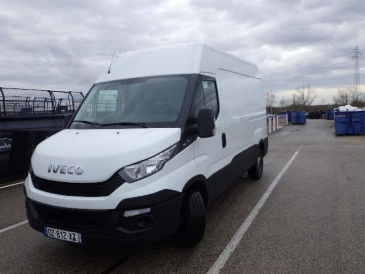 Utilitaire léger Iveco Daily 35S13V11 - 13 900 HT Blanc - 1