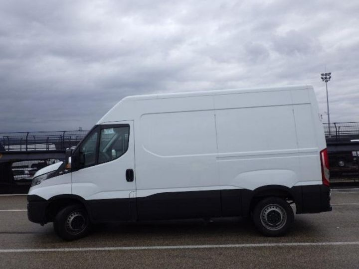 Utilitaire léger Iveco Daily 35S13V11 - 13 900 HT Blanc - 3