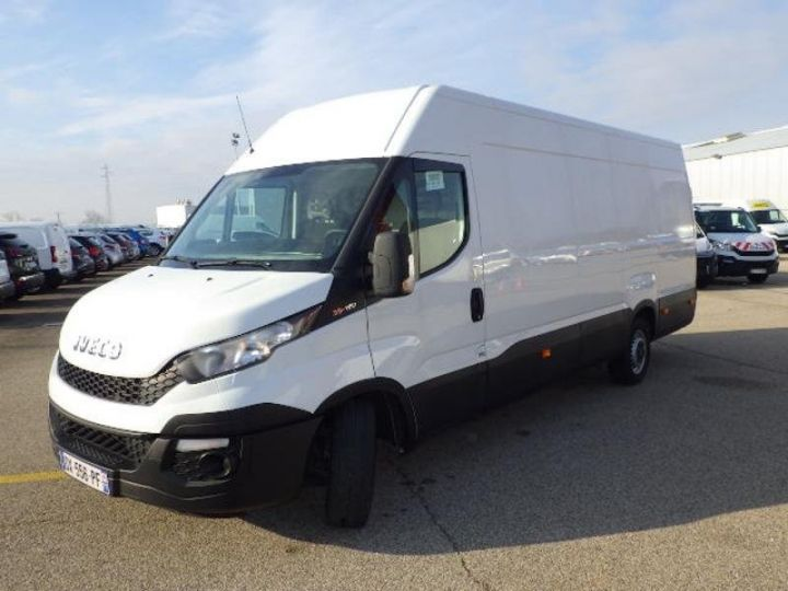 Utilitaire léger Iveco Daily 35S13V16 - 17 900 HT Blanc - 1