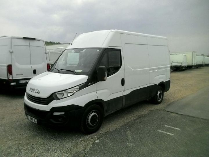 Utilitaire léger Iveco Daily 35S14V11 Blanc - 1