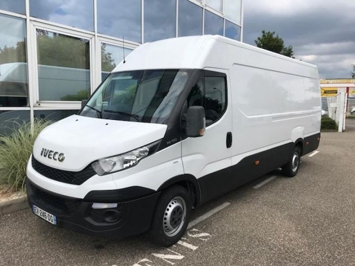 Utilitaire léger Iveco Daily 35S15/2.3V16 - 18 500 HT Blanc - 1