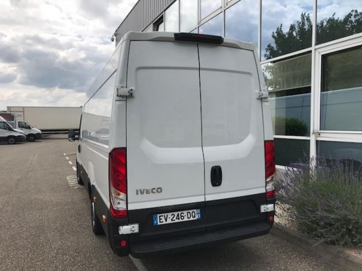 Utilitaire léger Iveco Daily 35S15/2.3V16 - 18 500 HT Blanc - 3