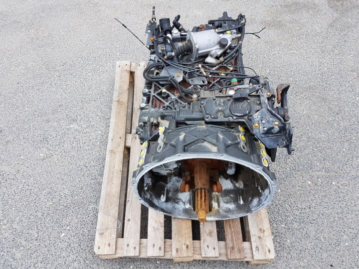 Utilitaires divers Autre Boite de vitesse ZF 16S 1920 TD GRIS Occasion - 4