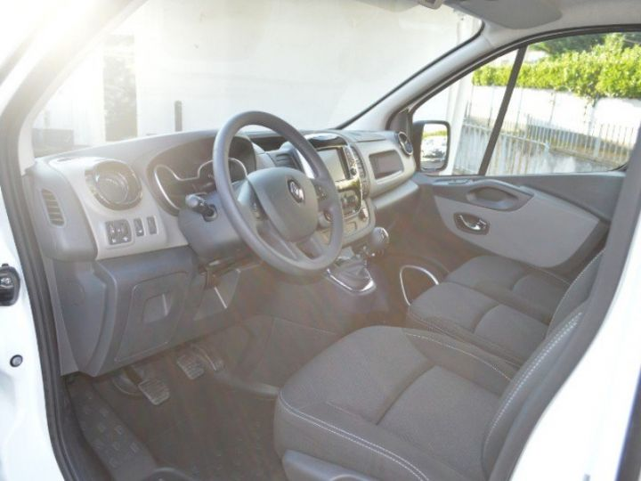 Utilitaires divers Renault Trafic L2H1 1200 dCi 120 Cabine Approfondie Grand Confort E6 BLANC - 3