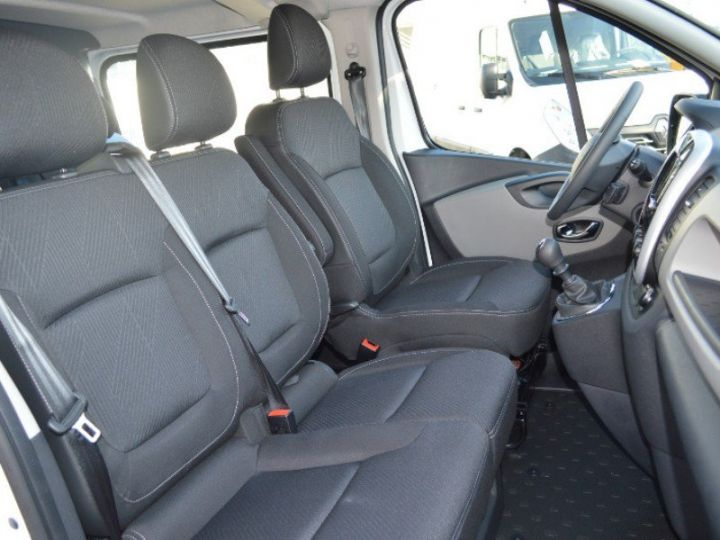Utilitaires divers Renault Trafic L2H1 1200 dCi 120 Cabine Approfondie Grand Confort E6 BLANC - 4