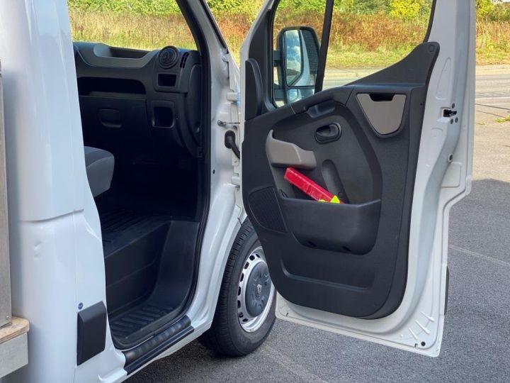 Varias utilidades Renault Master Chasis cabina 125 CV PLATEAU PORTE VERRE MIROITIER COFFRE BLANC - 8