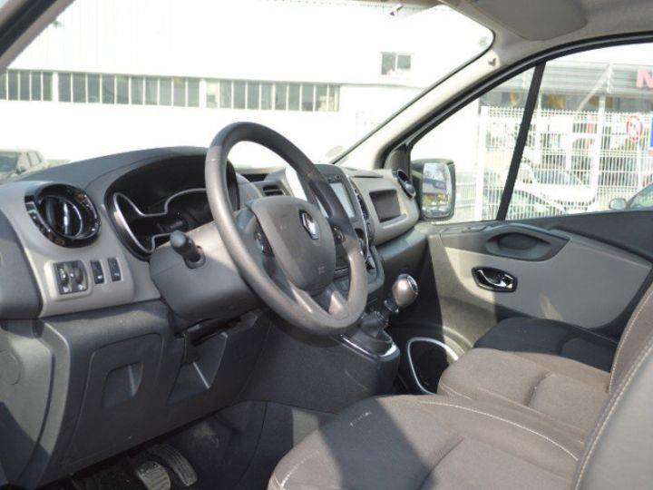 Varias utilidades Renault Trafic L1H1 1200 dCi 115 Grand Confort BLANC - 3