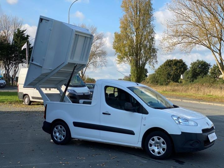 Various utilities Peugeot Partner Refuse collector body 100 CV BENE A BEC ESSENCE BLANC - 9