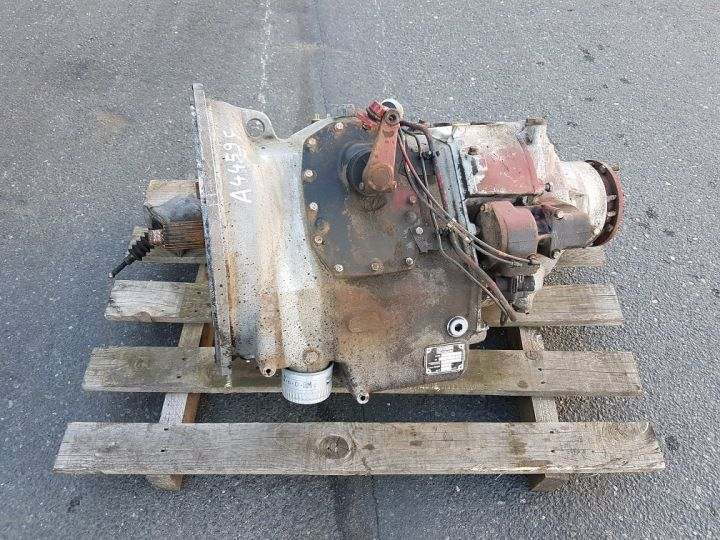 Various utilities Renault Boite de vitesse RVI B9 170 GRIS - ROUGE - 1