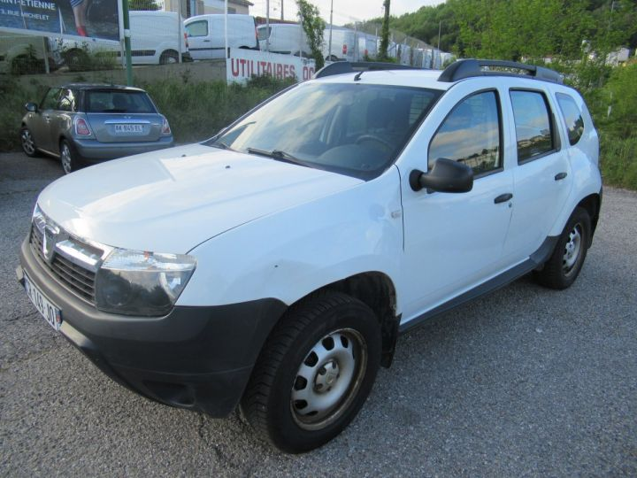 Vehiculo comercial Dacia Duster 4 x 4 DCI 110 4X4 SOCIETE 2 PLACES  - 2