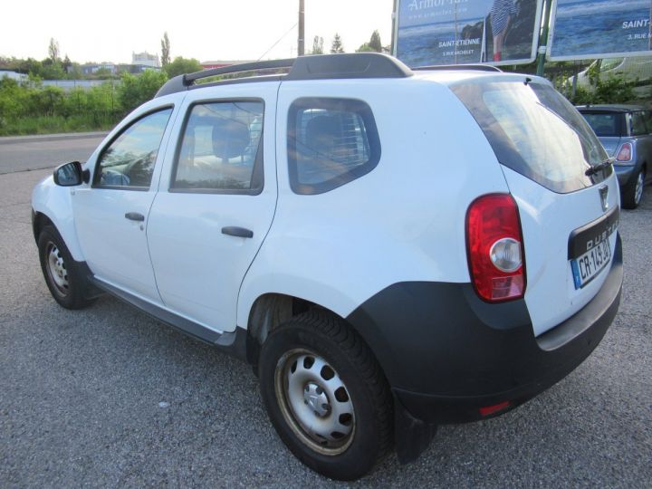 Vehiculo comercial Dacia Duster 4 x 4 DCI 110 4X4 SOCIETE 2 PLACES  - 3