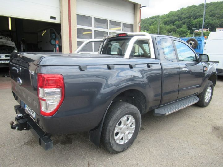 Vehiculo comercial Ford Ranger 4 x 4   2.2 TDCI 160 XLT SPORT  - 4
