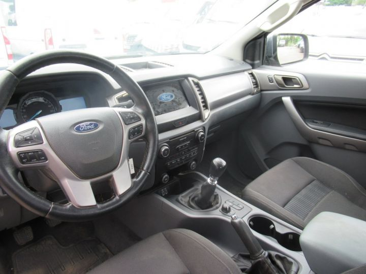 Vehiculo comercial Ford Ranger 4 x 4   2.2 TDCI 160 XLT SPORT  - 5
