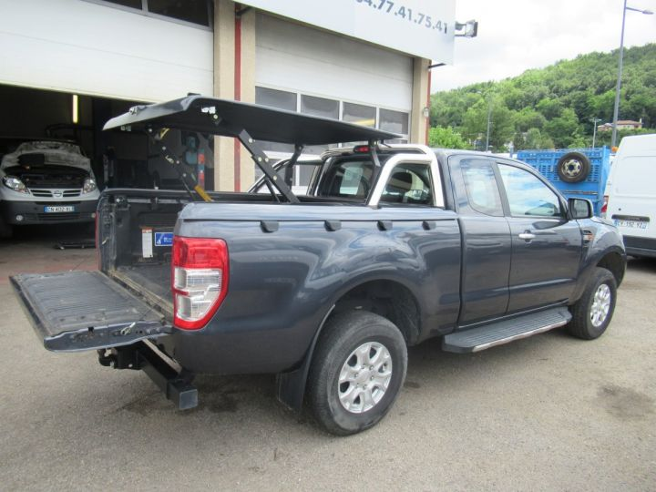 Vehiculo comercial Ford Ranger 4 x 4   2.2 TDCI 160 XLT SPORT  - 7