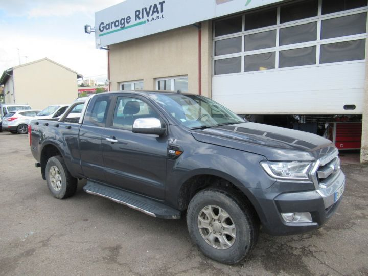 Vehiculo comercial Ford Ranger 4 x 4 SPACE CAB XLT SPORT TDCI 160  - 1
