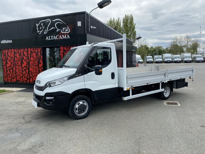 Vehiculo comercial Iveco Daily Caja abierta 35C15 PLATEAU LONG GRANDE LARGEUR, 2 COFFRES BLANC - 1