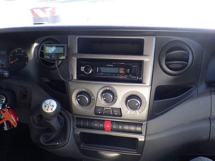Vehiculo comercial Iveco Daily Caja frigorífica Blanc - 5