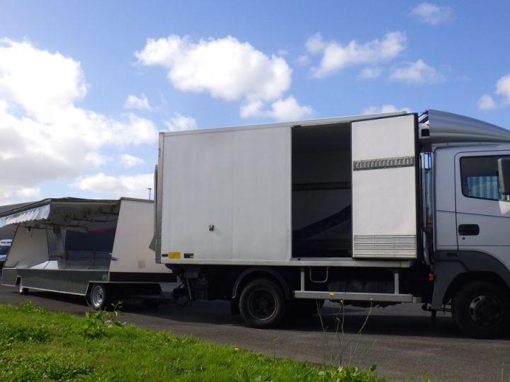 Vehiculo comercial Nissan Atleon Caja isotermo  - 1