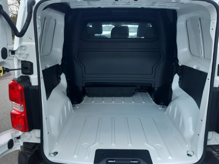 Vehiculo comercial Toyota ProAce Furgón cabina doble MEDIUM 2.0l 120CH D-4D BUSINESS BLANC - 6