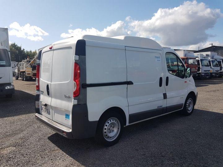 Vehiculo comercial Renault Trafic Furgón frigorífico 2.0dci 115 FRIGORIFIQUE L1H1 BLANC - 2