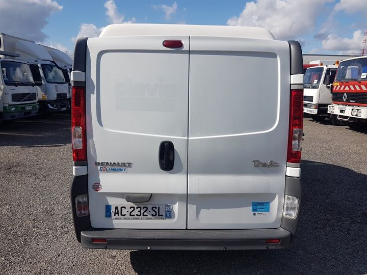 Vehiculo comercial Renault Trafic Furgón frigorífico 2.0dci 115 FRIGORIFIQUE L1H1 BLANC - 6