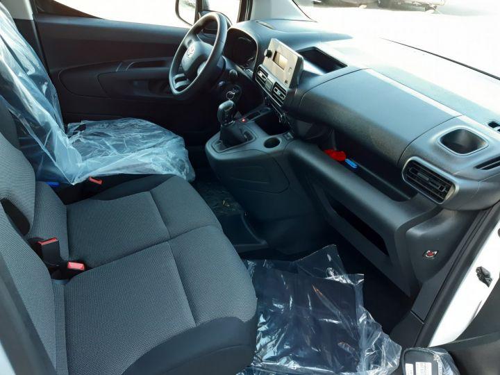 Vehiculo comercial Toyota ProAce Furgón MEDIUM 1.5D 100CV DYNAMIC BLANC - 8