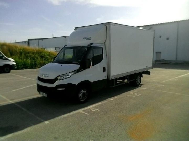 Vehiculo comercial Iveco Daily 35C15 Empattement 4100 Tor - 22 900 HT Blanc - 1