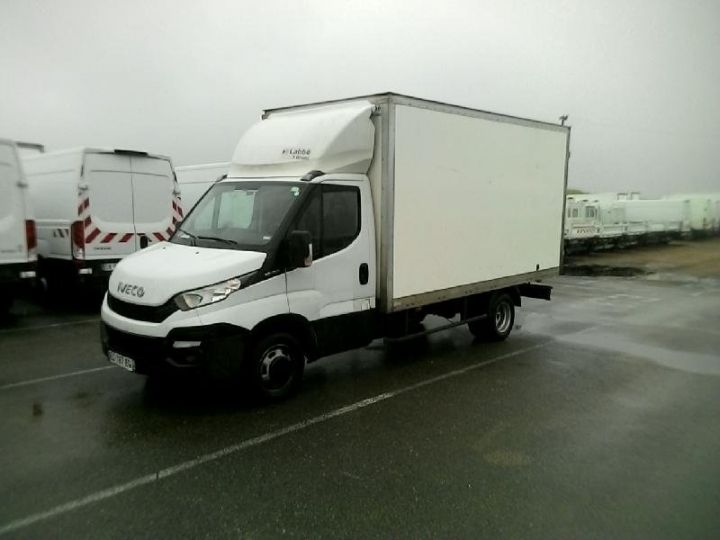 Vehiculo comercial Iveco Daily 35C15 Empattement 4100 Tor - 23 900 HT Blanc - 1