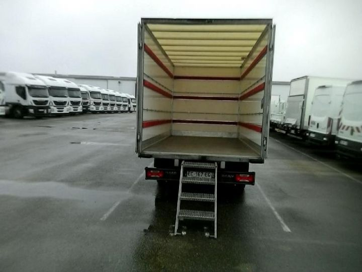 Vehiculo comercial Iveco Daily 35C15 Empattement 4100 Tor - 23 900 HT Blanc - 3